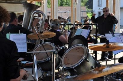 16 Brass Band