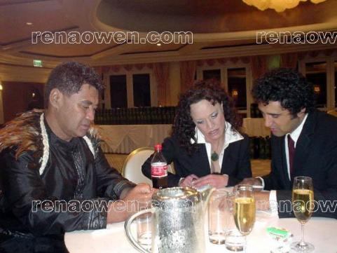 Rena with Whale Rider actors Rawiri Paratene and Cliff Curtis