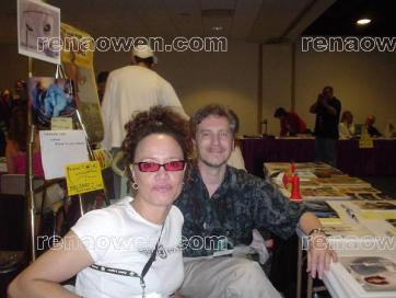 Renas booth at Wizard World 2004