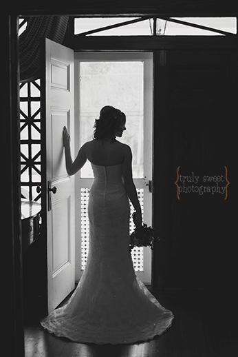 Braselton Stover House Wedding Photographer - Truly Sweet PhotographyIMG_9472 blk wht
