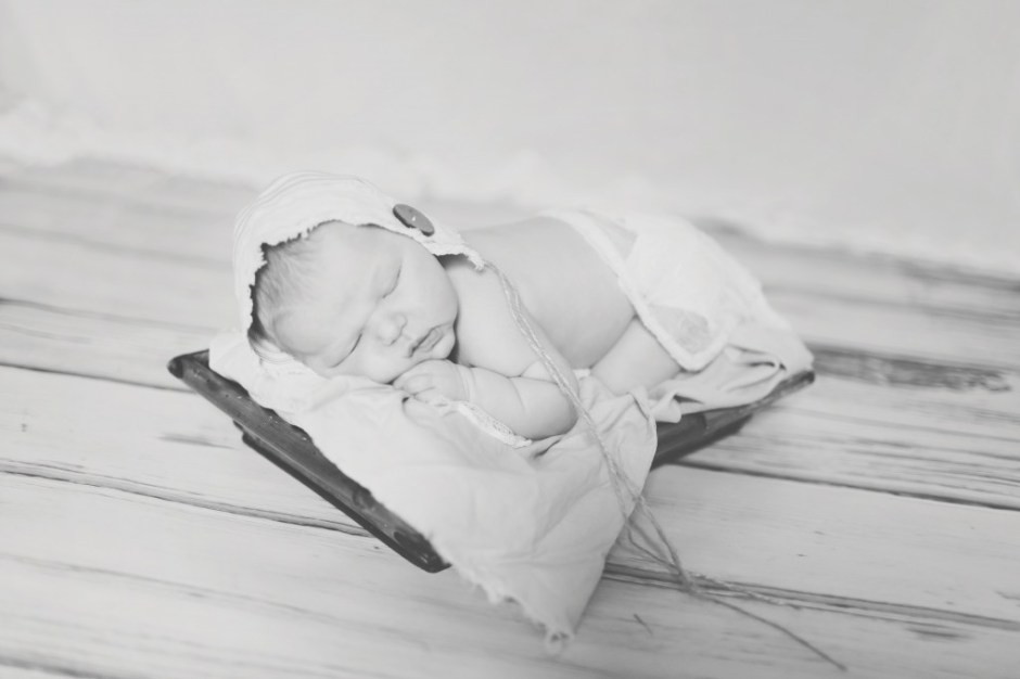 Lawrenceville, GA Newborn Baby Photographer | Truly Sweet Photography