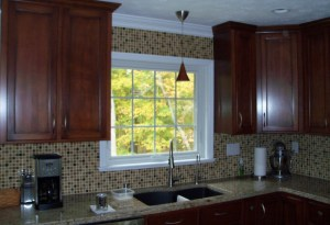 awning-window-with-tile-backsplash