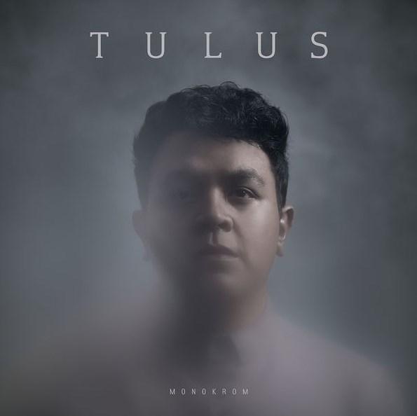 Tulus-Monokrom
