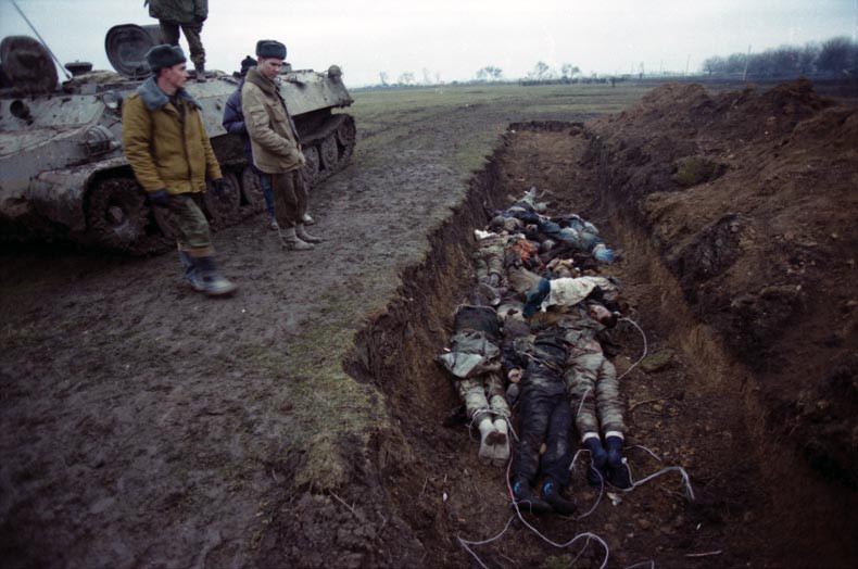 A mass grave in Chechnya. Photo by Natalia Medvedeva