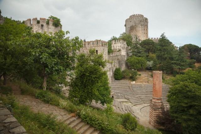 Амфитеатр в крепости Румелихисар, Стамбул, 2013