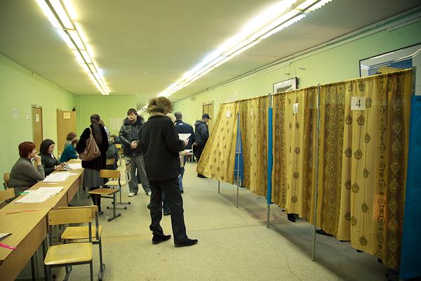 Выборы в госдуму 2012, 4 декабря. Кабинки
