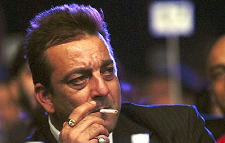 Throwback  When Sanjay Dutt was caught smoking by his father Sunil     Rajkumar Hirani reveals Sanjay Dutt s reaction after watching the teaser of  Sanju