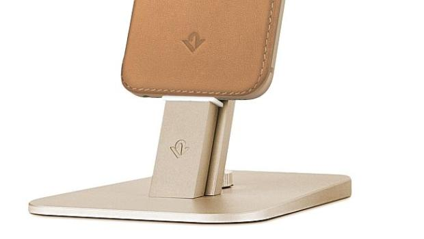 Gold for gold ... Twelve South HiRise Deluxe delivers a golden stand for a golden phone.