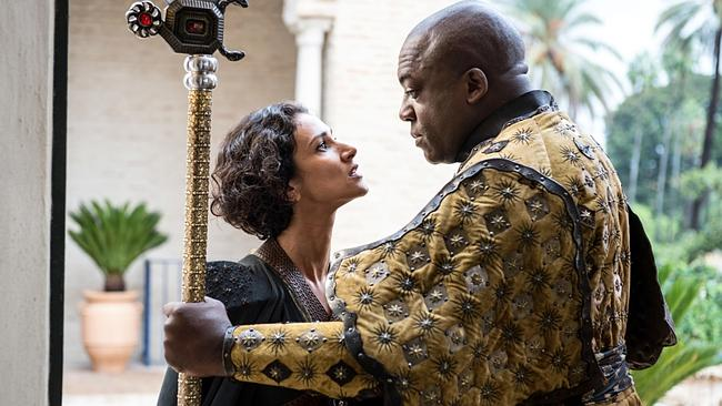 Indira Varma as Ellaria Sand and Deobia Opaeri as Areo Hotah in Game of Thrones.