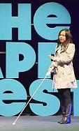 Selene Chew hace una demostración de BlindSpot