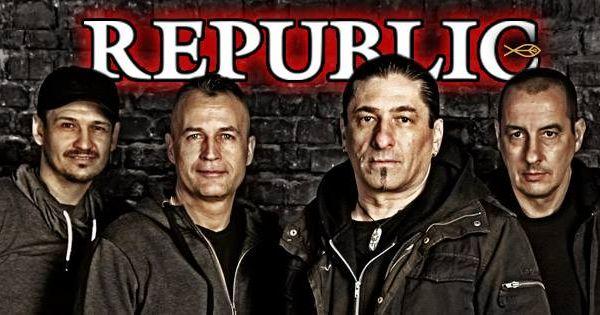 Republic tagjai így emlékeznek minden koncerten Cipőre