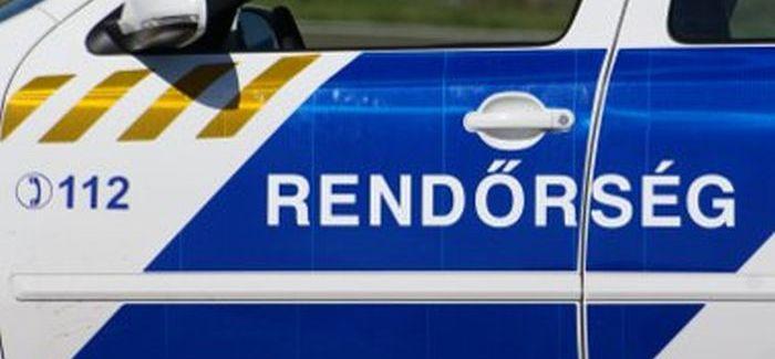 A rendőrség 6-27-kor közölte: teljes útlezárás a 8-as számú főúton