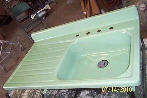 Superieur ... A34378e395c70d30fbdc49eacaf5e7ea · How To Paint A Sink Diy Thumb ·  Restoring The Porcelain On A Vintage Sink 5 ...