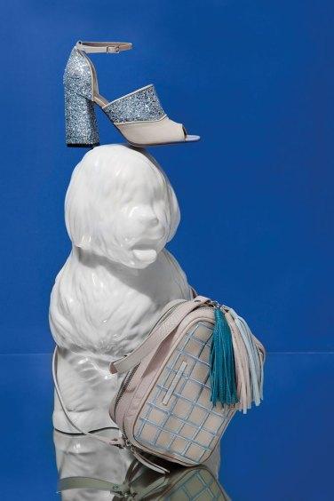Sandalia con glitter (Paruolo) Bandolera bordada (Mary & Me)