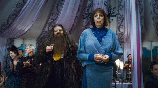 Madame Olympe Maxime, interesse amoroso de Hagrid e Diretora da Escola Mágica de Beauxbatons