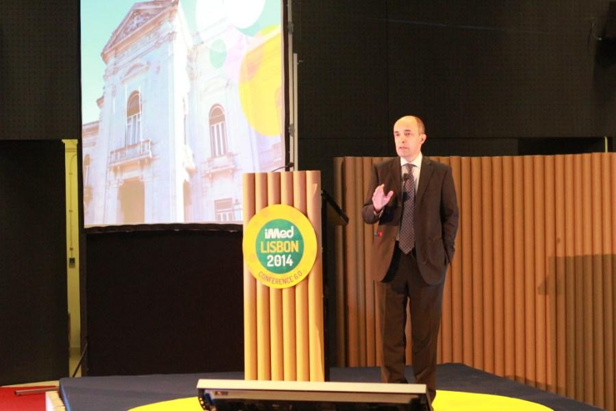Miguel Seabra, entre os representantes institucionais, foi o que teve o discurso mais vincado, descrevendo a evolução da sua opinião em relação à proactividade dos alunos da FCM-NOVA.