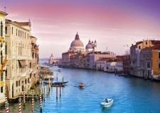 veni-vidi-venecia-boating-place-background