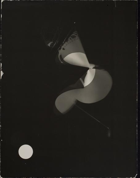 László Moholy-Nagy, fotograma, 1922. Cortesía Museo George Eastman House.