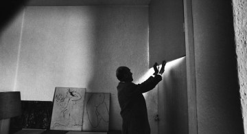 Luis Barragán en su casa estudio de la Ciudad de México.
