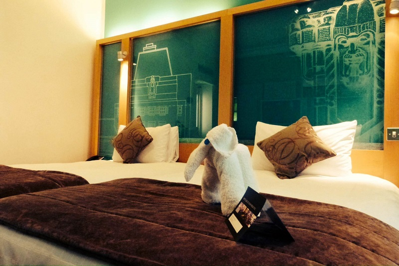 Secret Tips To Score Luxury Hotel Rooms For Less