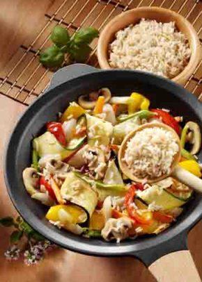 Gemüsepfanne mit Bio Reis (cholesterinarm) Foto: Wirths PR