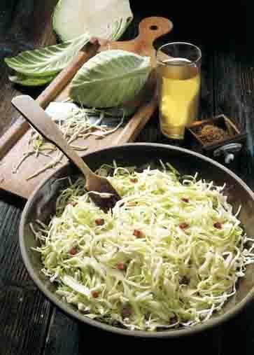 Hausmannskost: Weißkrautsalat Foto: Wirths PR