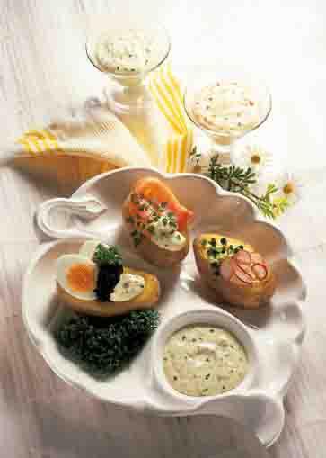 Kartoffelgerichte: Pellkartoffeln mit Gourmet-Dip Foto: Wirths PR