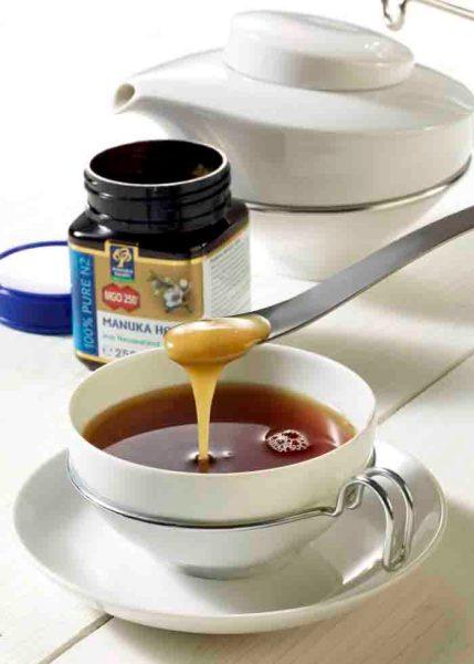 Manuka-Honig wirkt stark antibakteriell. Foto: © neuseelandhaus.de / Wirths PR