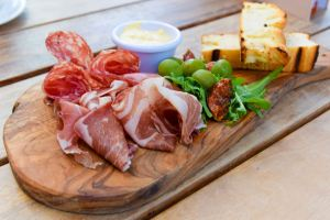 antipasti-board-1