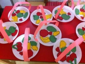 paper-plate-fruit-basket-300x224