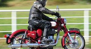 2010 Royal Enfield Bullet C5 Classic Review   Rider Magazine