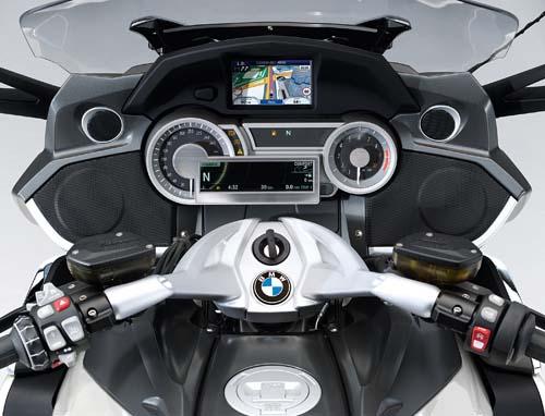 2012 BMW K1600GTL gauges