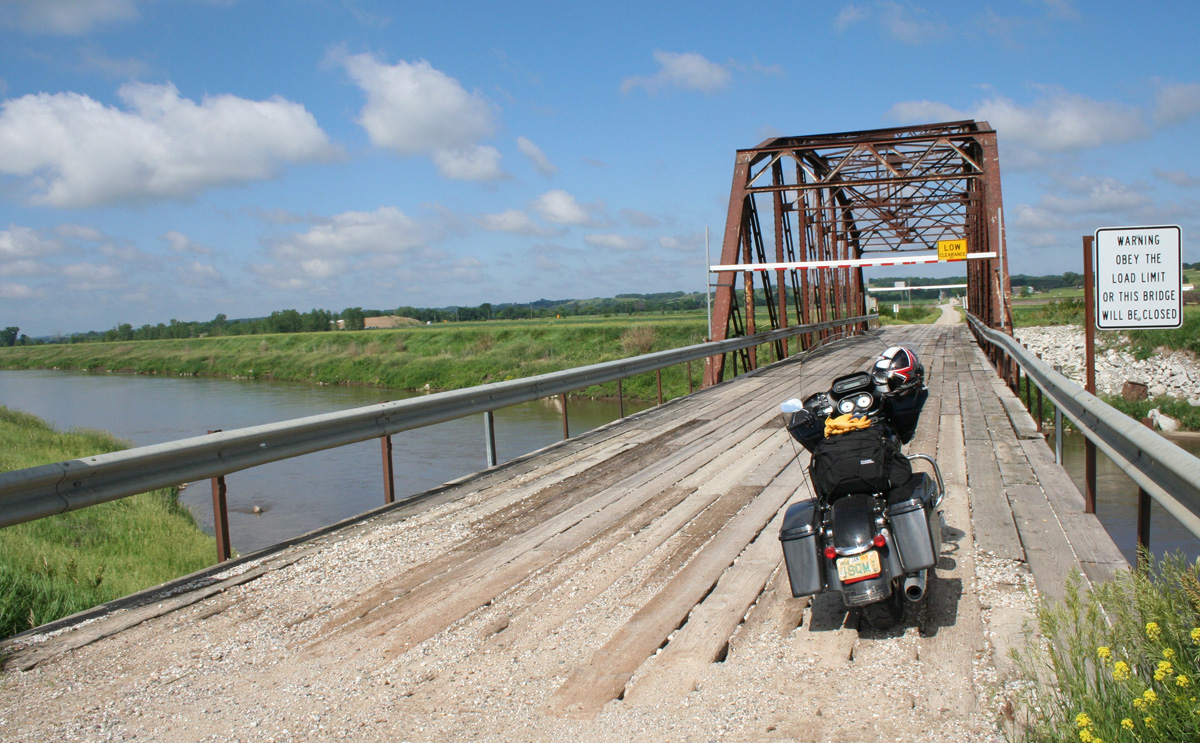 Motorcycle Travel In Iowa Taking The Old Lincoln Highway