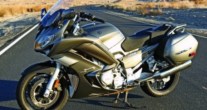 web-YamahaFJR1300beauty