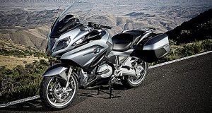 2014-BMW-R1200RT-featured