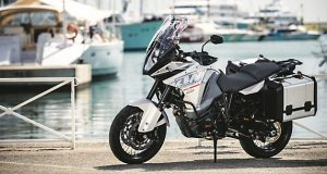 KTM-1290-SUPER-ADVENTURE_MY2015_featured