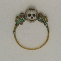 Two-faced memento mori ring, 17th century