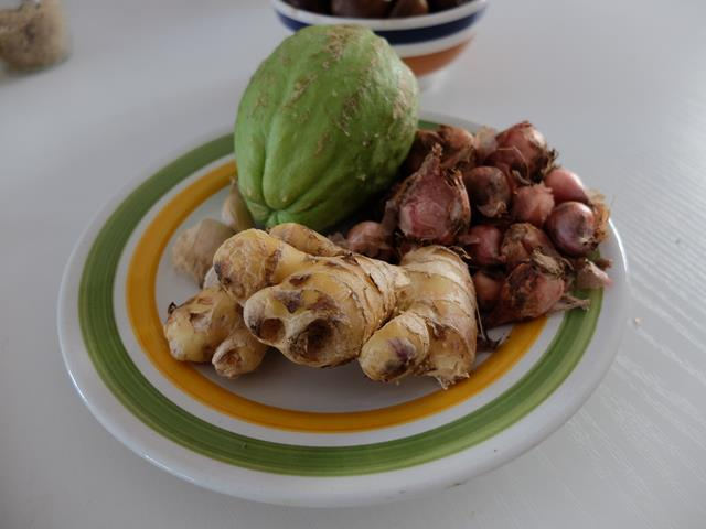 Sechium edule, un frutto per le future mamme: Vellutata di  Sciusciu' e Castagne