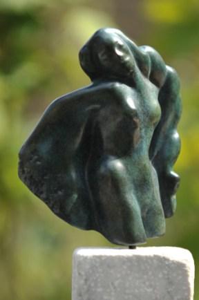 sculpture de Dominique Rivaux - femme danse