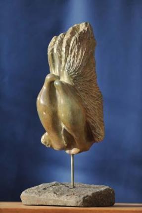 sculpture de Dominique Rivaux - colombes - baiser de paix