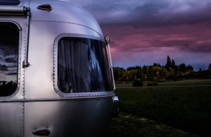 Airstream_in_nature-70