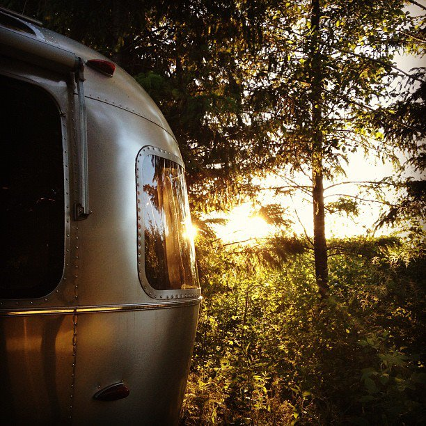 Airstream_in_nature-76