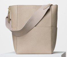Celine-Seau-Sangle-Shoulder-Bag-2550
