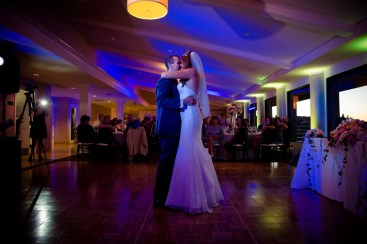braemar-country-club-wedding-1304-first-dance-14