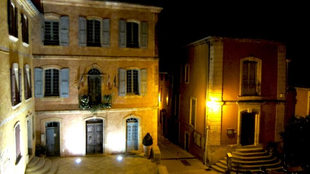 The ochre buildings of Roussillon