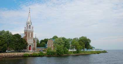Eglise de l'Annonciation d'Oca, Paroisse St-Francois D'Assise, founded in 1721.