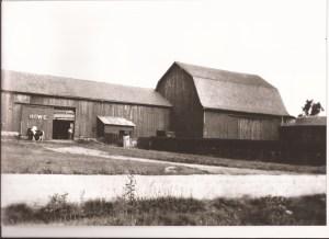 Barn - Howe - 1904?