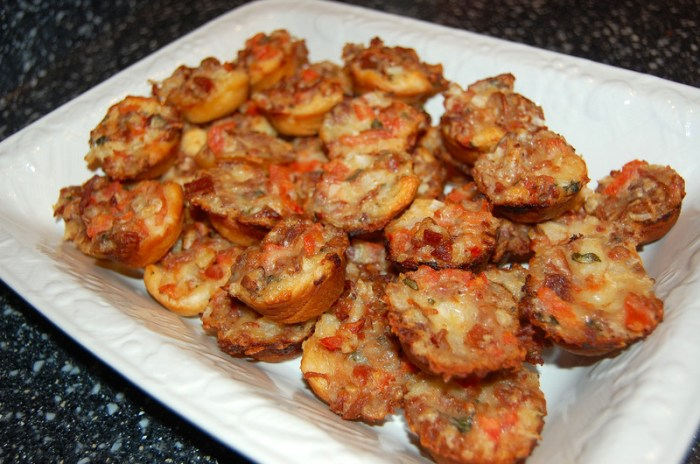 Baked Bacon Tomato Cups