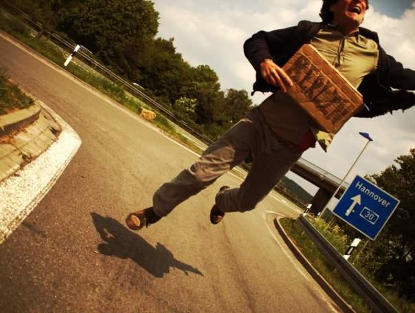 Robino hitching to Berlin