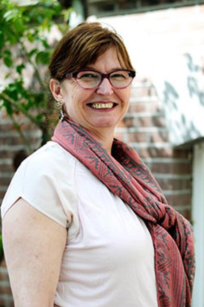 Dr. Annelou Ypeij van het CEDLA in Amsterdam